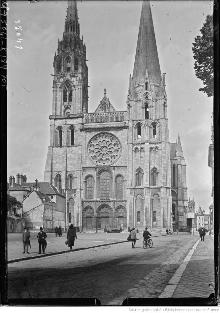 Chartres. Fachada 1913. BNF